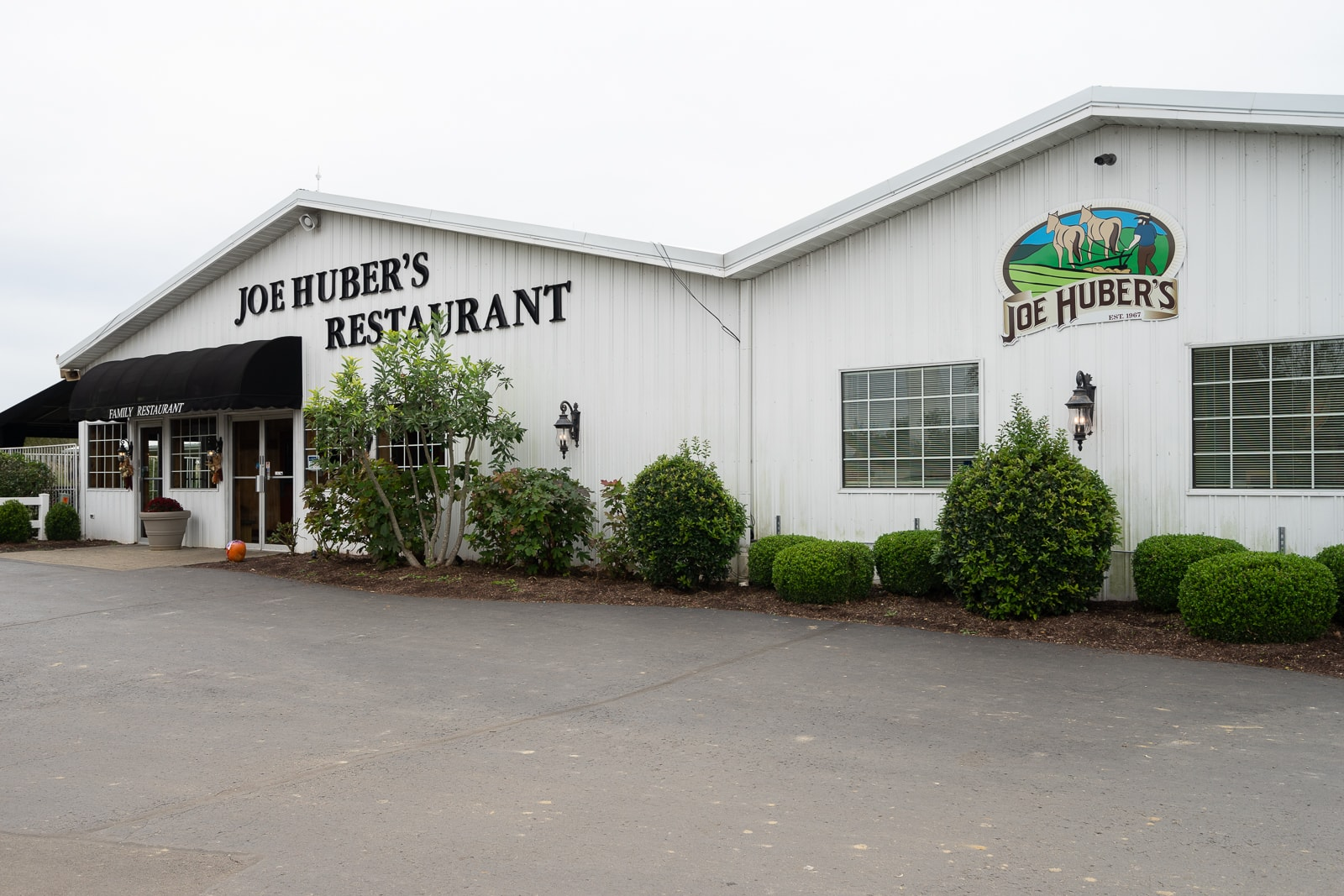 111718 Joe Hubers Restaurant 1