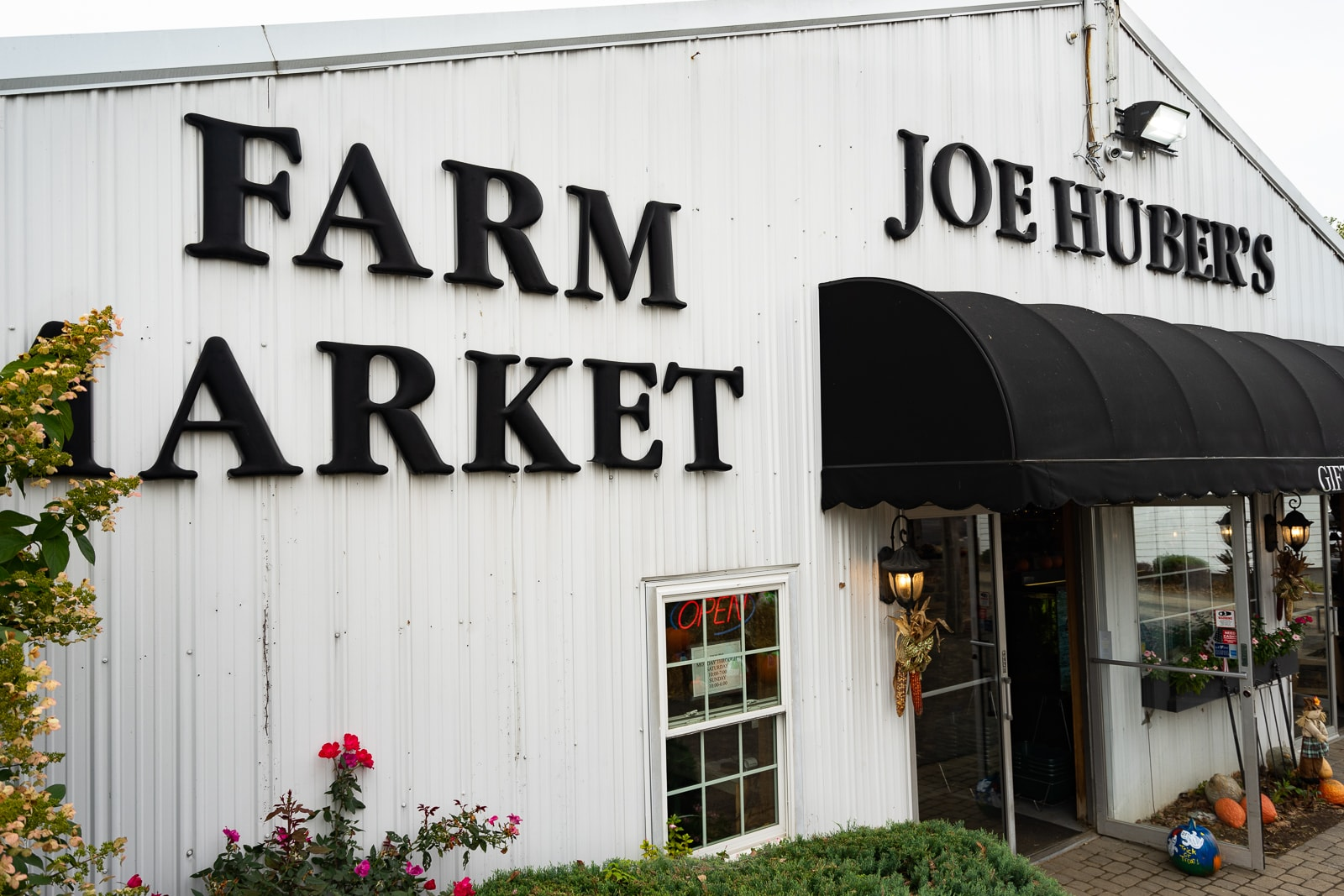 111718-Joe-Hubers-Restaurant-5